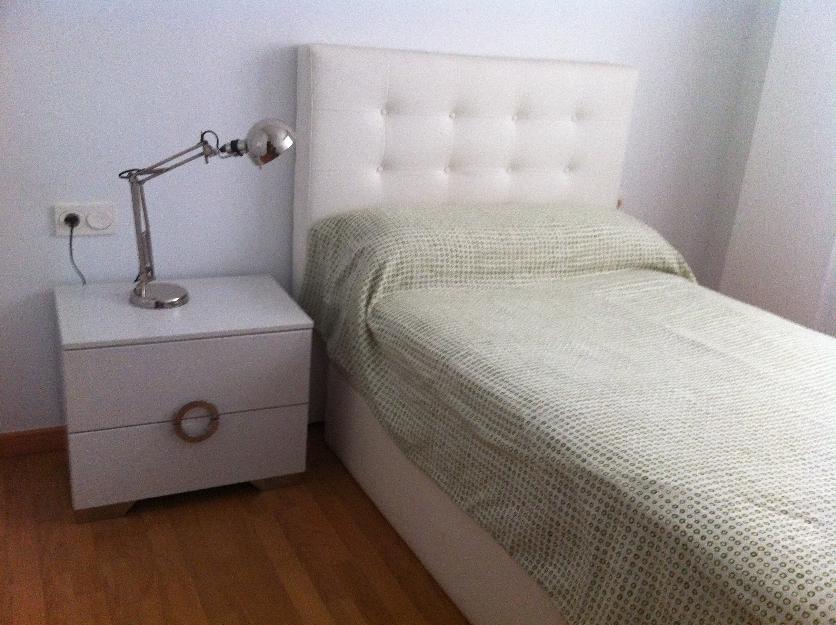 Se alquila habitaci n en piso c ntrico y nuevo a chica for Mercadona oficinas centrales telefono
