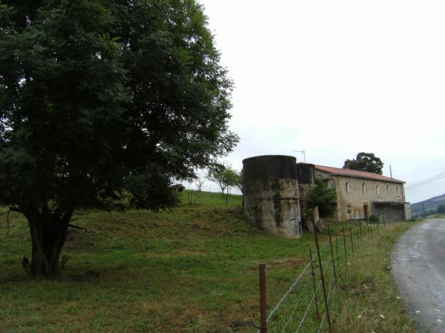 Casa de piedra de silleria 400 metros mejor precio for Piedra de silleria