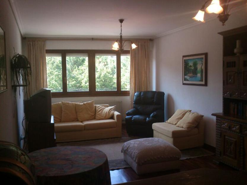 permuto piso en Las Conchas de 124 m útiles por vivienda de menor precio cercana a Vitoria