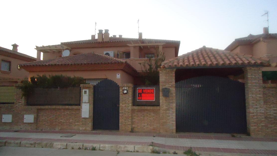 Chalet casa pareado en condequinto montequinto mejor - Casa en montequinto ...