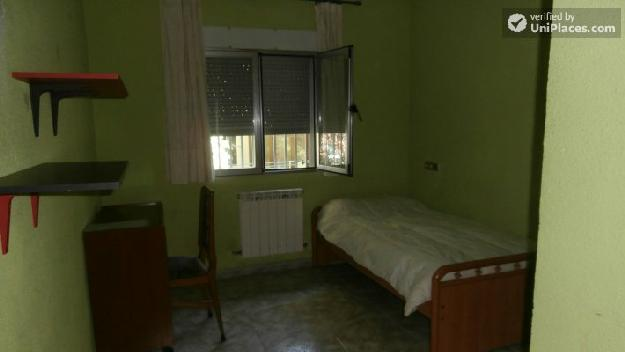 Rooms Available 3 Bedroom Apartment In Northeastern Aluche 1290287 Mejor Precio