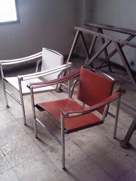 Vendo excepcional pareja de sillas de le corbusier for Silla le corbusier