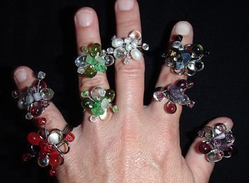 Collares, anillos, pulseras y seda, perlas de vidrio, perlas y Swarovski Cristal