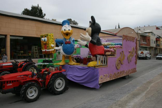 Alquiler Y Venta De Carrozas Para Cabalgatas Carnaval