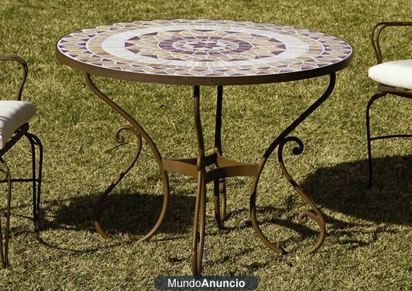 Mesa de forja con mosaico para jardin de fusta i ferro - Mesa de forja ...