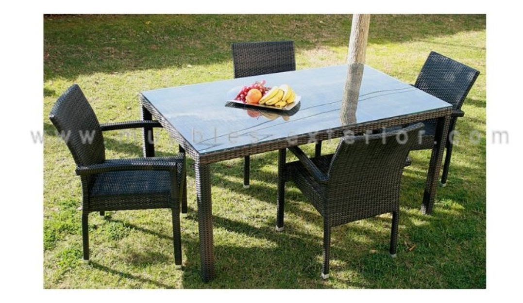 Conjunto mesa de fibra sint tica marr n 184042 mejor for Conjunto jardin fibra sintetica