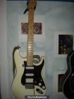Fender estratocaster americana (mejorada)950€ - mejor precio   unprecio.es