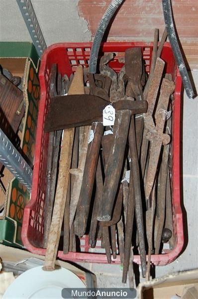 Herramientas de herrero carpintero o del campo mejor - Herramientas de campo antiguas ...