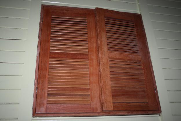 Ventana en madera mejor precio - Ventanas madera precios ...