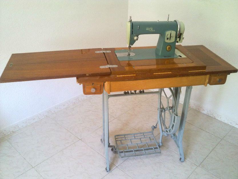 Maquina Antigua de coser Alfa Mod. 63 - mejor precio