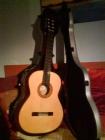 Guitarra española creada por Joan Cashimira modelo 105 y funda de vinilo. - mejor precio | unprecio.es
