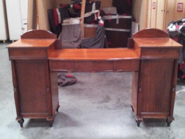 Venta de muebles antiguos por liquidaci n de casa de gran for Compra de muebles antiguos madrid