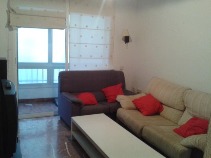 Venta de piso en el centro hist rico de m laga 1331412 for Busco piso para compartir en malaga