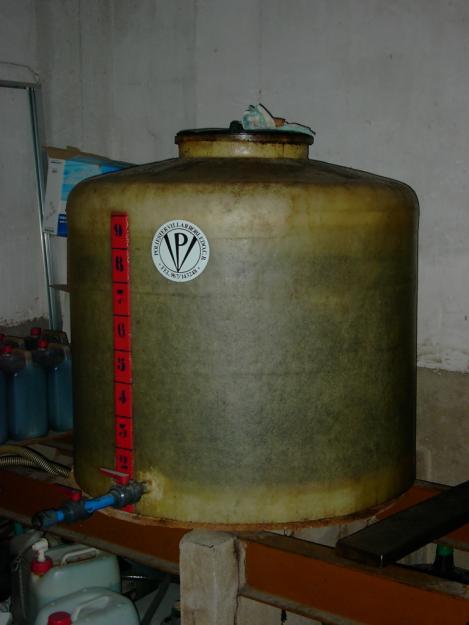 Depositos poliester para vino 1000 litros 701071 mejor - Deposito 1000 litros ...