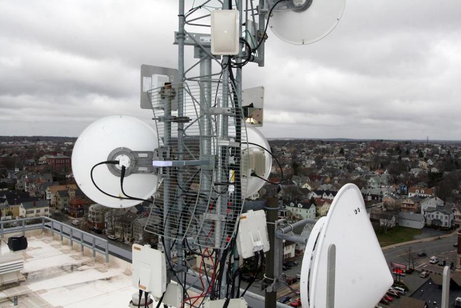 Quieres montar red cableada o wifi en tu casa o negocio?