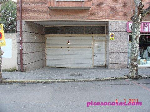 Alquiler de garaje en centro cardedeu barcelona mejor for Pisos alquiler cardedeu