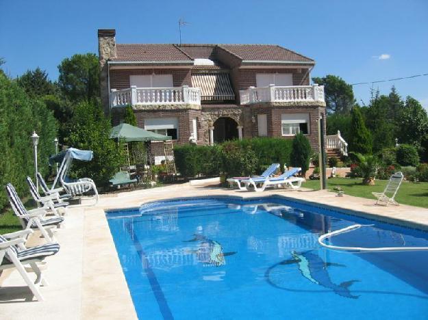 Casa en torrelodones 1563212 mejor precio for Piscina torrelodones
