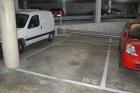 Gran plaza de parking en venta; para coche grande y moto - mejor precio | unprecio.es