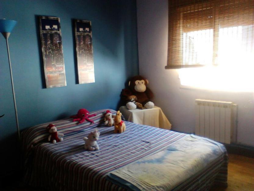 Alquilo habitacion a chica 1599978 mejor precio for Compartir piso pamplona