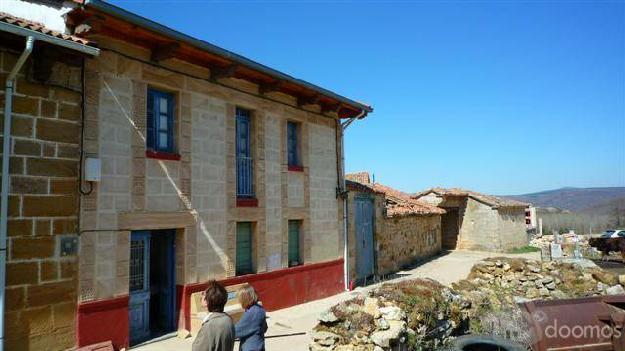 Casa de pueblo rural. Gran oportunidad