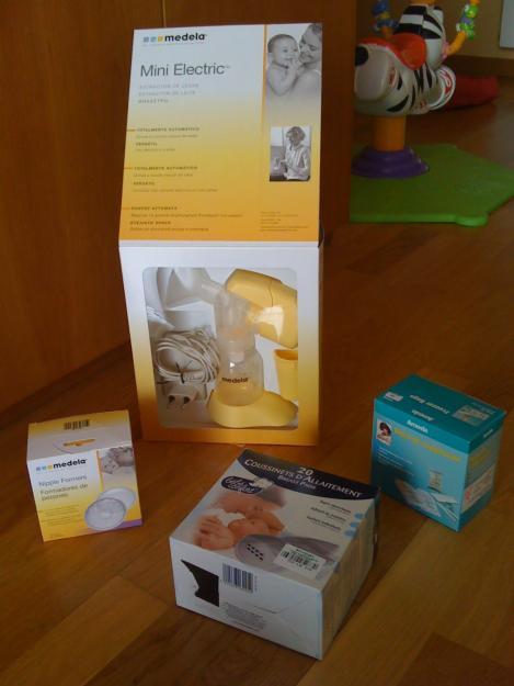 Extractor de leche materna de marca Medela muy poco uso, con caja y todos los acesorios.