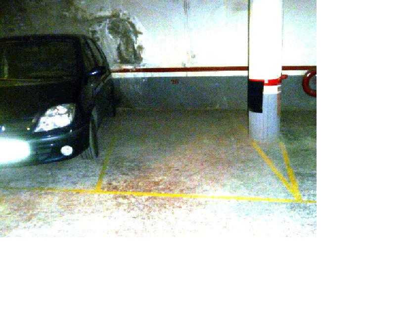 Olesa - felip ii. 434 x 195 m, parking alquiler.
