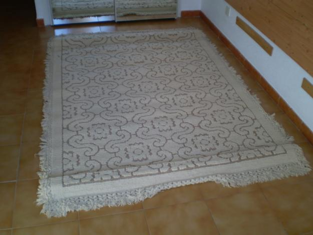 Vendo dos alfombras de pura lana virgen mejor precio for Vendo alfombra