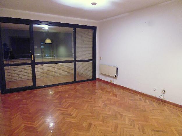 Piso en pamplona iru a 1418487 mejor precio for Compartir piso pamplona