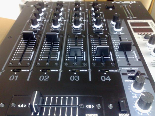 mesa de mezclas akiyama mcx dj mejor precio