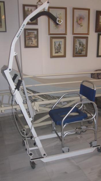 Cama articulada, grua para personas de movilidad limitada