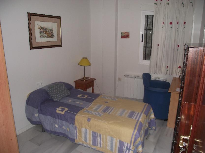 Granada centro historico alquilo bonitas y amplias habitaciones .ESTUDIANTES EXTRANJEROS