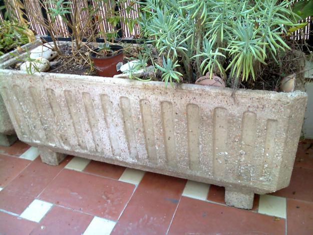 Jardineras de hormig n y piedra 218919 mejor precio for Piedra royal veta precio