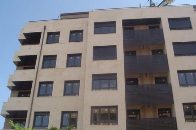 Piso frente a Nuevo Hospital, 2 dormitorios