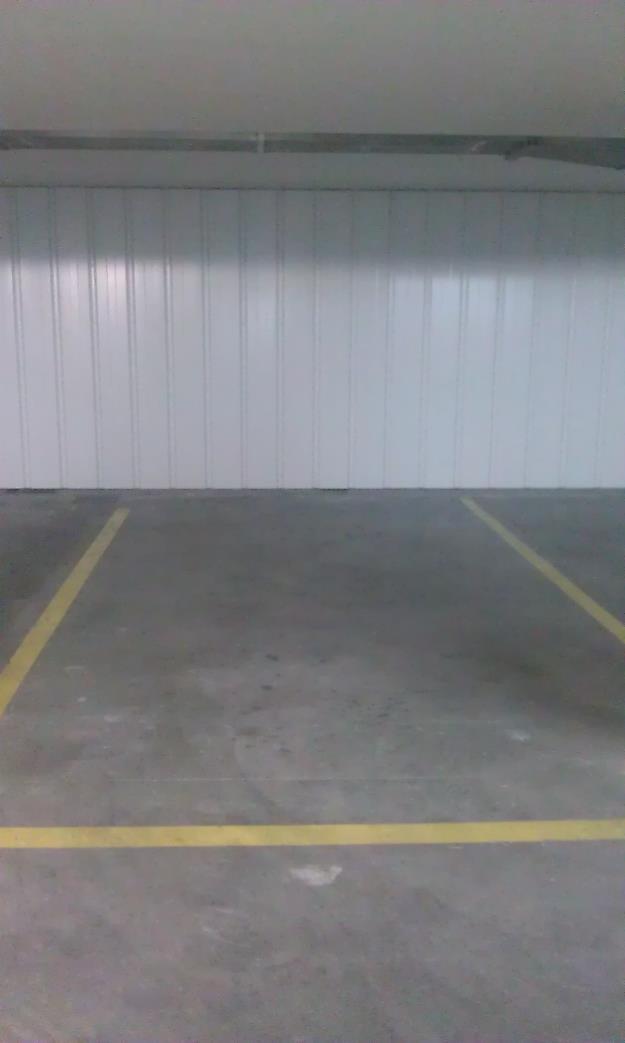 Alquilo amplia plaza de Garaje