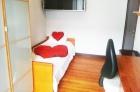 Habitacion con terraza en donostia para chica - mejor precio | unprecio.es