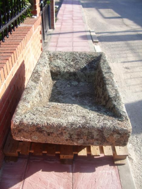 Piedra lavadero pila de piedra bebedero abrevadero for Lavadero precio