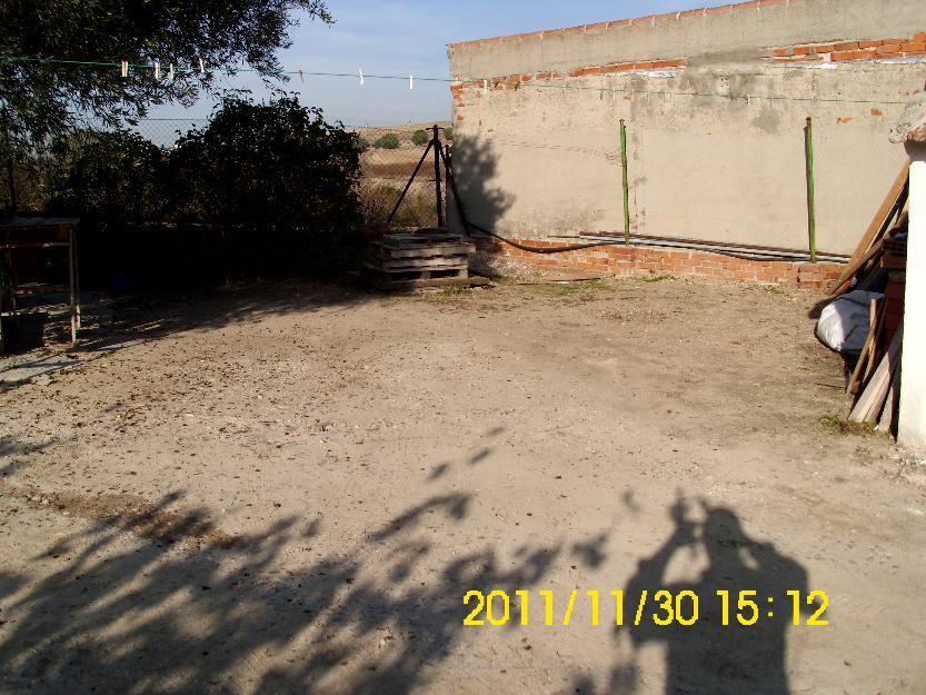 Parcela Con Piscina, Casa y Terreno.