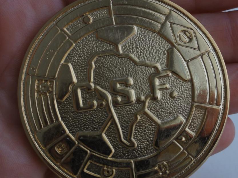 Medalla original entregada al real madrid campeon del trofeo copa iberia 1994