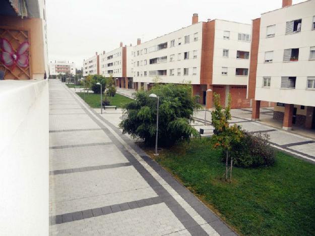 Piso 3 dormitorios 1 ba os 1 garajes seminuevo en - Banos en pamplona ...