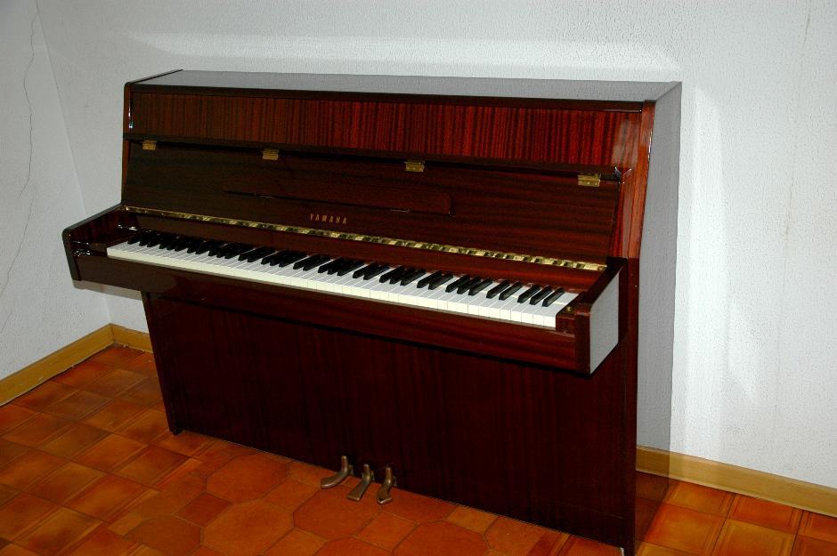 Piano yamaha m1j en buen estado mejor precio for Casa piano cotizacion
