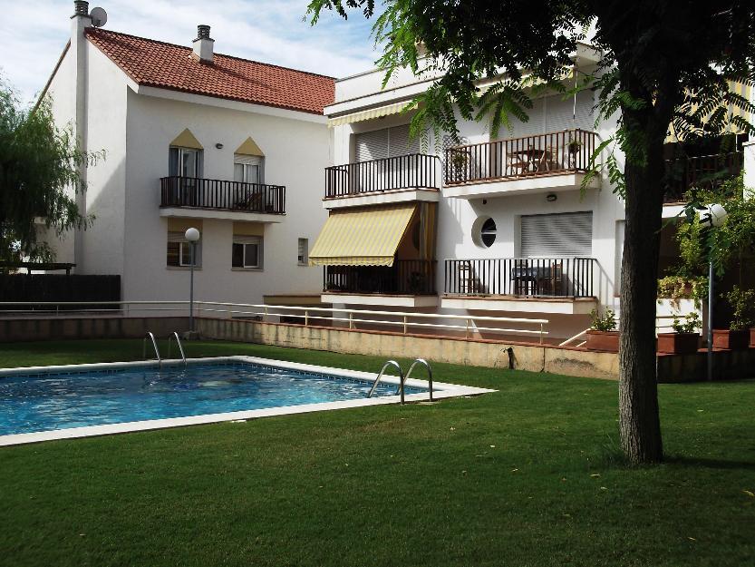 Precioso tico duplex a 5 kms sitges piscina 1599193 for Piscina sitges