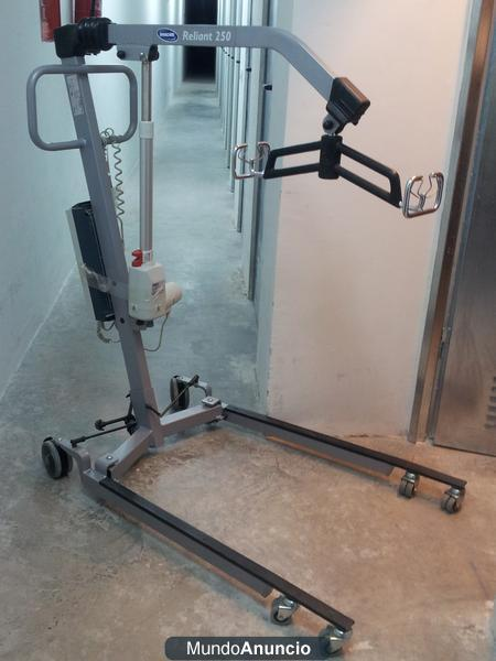 se vende GRUA RELIAN 250 PLATA para transferencias discapacitado