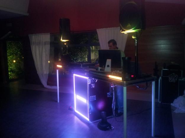 DJ para bodas y eventos con discoteca movil