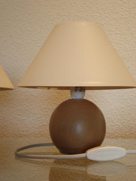Vendo 2 lamparitas pie madera mejor precio for Vendo caseta madera jardin