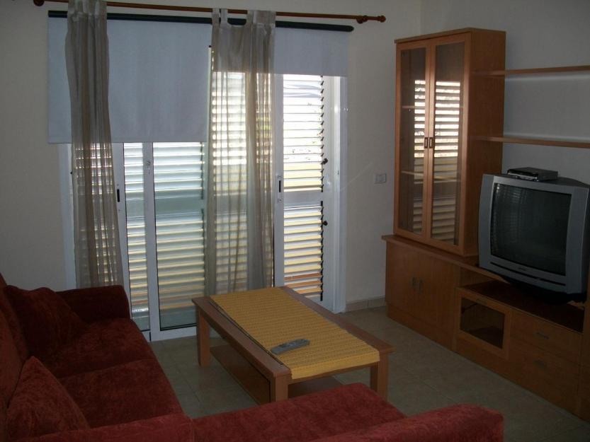 Piso en alquiler 2 dormitorios nuevo amueblado arme ime for Pisos embargados tenerife sur