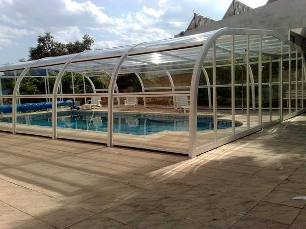 Cubiertas de piscina cerramiento y techos mejor precio for Cubierta de piscinas precios
