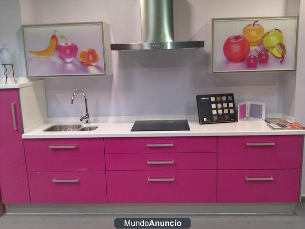 Muebles de cocina de exposcion mejor precio for Precio muebles cocina