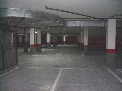 Alquilo plaza de garaje en c/ sodio nº 21