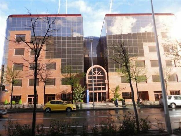 Oficina en alquiler en madrid madrid 1331894 mejor for Oficina de vivienda comunidad de madrid