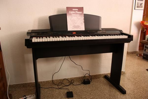 Piano yamaha ypp 100 676873 mejor precio for Casa piano cotizacion